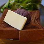 73444765 - 角食トースト 小倉あんバター