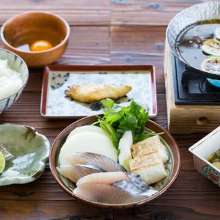 旬のお料理『淡路島の裏旬サワラ柚子すき鍋コース』