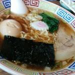 花の季 - 中華そば650円煮卵170円をプラス こちらは縮れ麺です