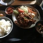 肉のやしろ 青木亭 - 焼き肉定食1000円