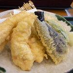 居食屋「和み亭」 - てんぷら(鶏3個、ナス、ピーマン、かぼちゃ)
