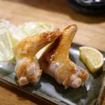 ベッチャーの胃ぶくろ - 大手羽焼き(1本)¥280