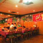 TOMI'S INTERNATIONA - 店内