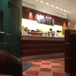 エクセルシオール カフェ - 店内カウンター
