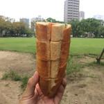 フルフル天神パン工房 -