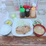 お食事 樹 - 生姜焼き定食(750円)【平成29年9月21日撮影】