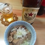 73460574 - 赤星ビール♪(470円)肉豆腐(300円)