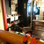 卓球酒場 ぽん蔵 - 店内の雰囲気
