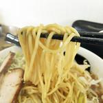 コウ - 麺は中太ストレート麺