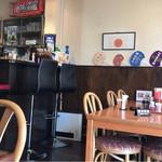 中国料理 楼蘭 - 喫茶店風の店内