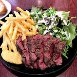 肉ビストロ&クラフトビール ランプラント - 仏産フルール・ド・オーブラック牛のグリル