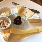 73499522 - チーズ盛り合わせ✨