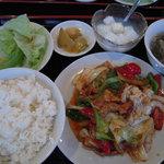 興福樓 - 回鍋肉定食 600円