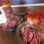 りょぞぶふ - ローストビーフ丼/大盛・普通