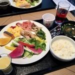 フォレストキッチン ウィズ アウトドア リビング - 朝食ブッフェ一例