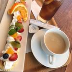 恵那川上屋 - 出来立てフルーツパイ(350円以下のドリンク付き)アイスティー、コーヒー