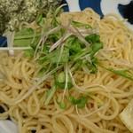 ラーメン ロケットキッチン - 濃厚魚介醤油つけ麺(大)+味タマ♪