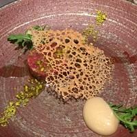 代官山 RINGRAZIARE KOJI MORITA - 熊本県産馬肉ロースのタルタル、千葉県産幸水のピューレ添え