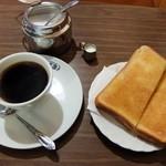 喫茶 紫園 - モーニング(全体)