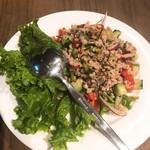 チャオバンブー - ヤムタクライ(豚肉とレモングラスの辛し和え)