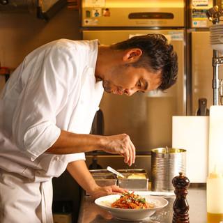 【仕事帰りの醍醐味】武澤シェフの料理とお酒で楽しいひと時を!
