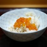 豪龍久保 - 2杯目は松茸に新いくらのせ