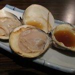 炙りま専科 - 焼はまぐり @¥150-
