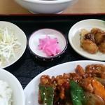 73520875 - 鶏肉の辛子炒めランチ 680円!!
