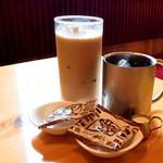 コメダ珈琲店 - アイスオーレとアイスコーヒー
