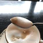珈琲屋らんぷ - カフェオーレラテ