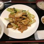 73527833 - 八宝菜定食                       野菜はシャキシャキでお肉ジューシー                       あっという間に完食✌️
