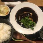 牛弁慶 - 黒タンシチュー定食1,296円