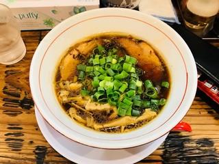 石原ラ軍団 - 熟成レトロ醤油ラーメン