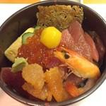 73545097 - 紅葉丼2100円・・・