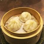 中華割烹 ひさだ - 小籠包❗三個。