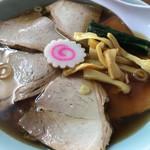 みやご食堂 - チャーシュー麺。800円。