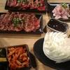 もんもん - 料理写真:肉とホルモンをじゃんじゃん注文
