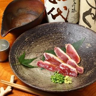 築地から仕入れる鮮魚と合鴨料理