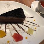 カフェプロフーモ - 選べるパスタランチ850円のドリンクとベルギーチョコケーキ450円
