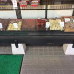 中川餅店 - どれも美味しそうで迷います
