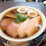 らぁ麺 紫陽花 - 特製醤油らぁ麺(麺大盛り 2017年9月中旬