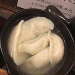 東京餃子 あかり - 椀子そばみたいにスルスルいける水餃子