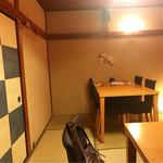 神楽坂 久露葉亭 - 個室。