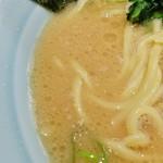 壱八家 - クリーミーなのにしょっぱいスープ。