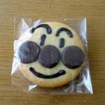 パオン昭月 - アンパンマンクッキー185円
