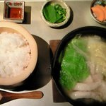 7358701 - ぷりぷり地鶏のあつあつ健康白鍋 1000円