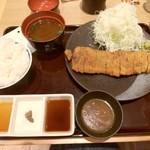 73581291 - 特選牛ロ-スカツ膳(130g)