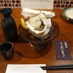 かき屋浅草だいまさ - 岩牡蠣だけは外せないよね!