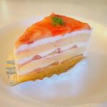 73585810 - 桃のショートケーキ
