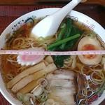 キッチンひばり - ラーメン500円 丼の直径19cm位